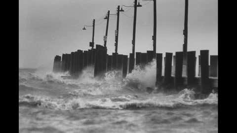 Hurricane Ethel hitting the Gulf Coast of Mississippi in 1960. (Image credit: Donald Uhrbrock//Time Life Pictures/Getty Images)