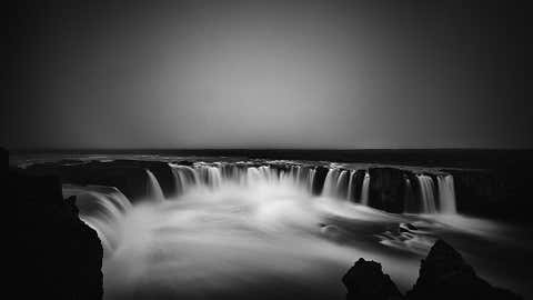 Photographer Frodi Brinks captures the Godafoss waterfall  in Iceland. (Frodi Brinks)