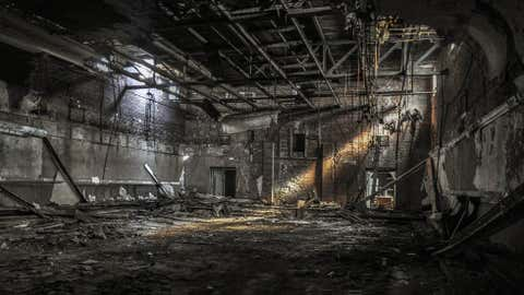 An abandoned factory in Milwaukee, Wis. (Seph Lawless)