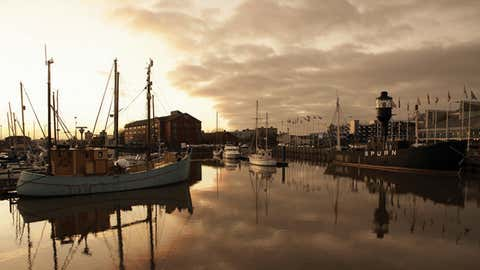 Hull Light Ship and yachts reflected in the Kingston upon Hull marina, East Yorkshire. (Visit England/Visit Hull and East Yorkshire)
