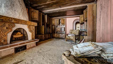 Many photographers who document abandoned buildings will not disclose their locations, as they are afraid the places will get vandalized. This is a grand hotel in Europe that has been abandoned. (Thomas Windisch/Caters News Agency)