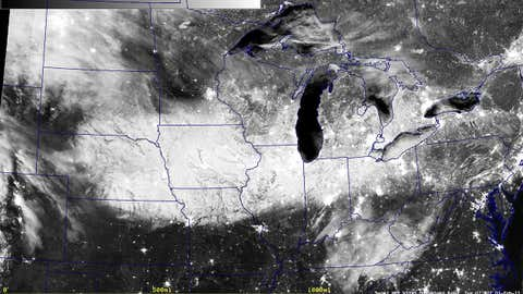 Nighttime image from the Suomi NPP satellite of snow cover from Winter Storm Linus on Feb. 3, 2015 at 1:47 a.m. CST.