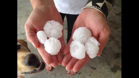 Hail in Kansas City, Missouri. (Photo: Facebook/Stephanie Rae Guadagnoli) on May 10, 2014.