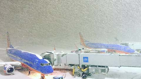 Snowy conditions at the Buffalo airport Wednesday evening. (Twitter/Buffalo Airport)