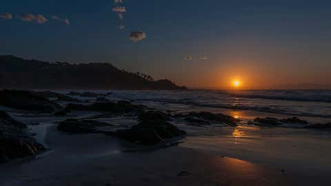 Sunset from Wategos. Australia's most easterly beach. (Richard Johnson)