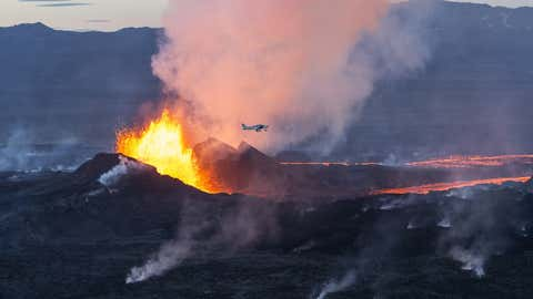 Scenes from the eruption at Iceland's Bardarbunga volcano. (Getty Images)