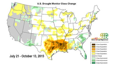 Change in the drought monitor analysis from July 21, 2015 to October 13, 2015. Deeper brown contours correspond to greater changes in drought severity. (USDA/NDMC/NOAA)