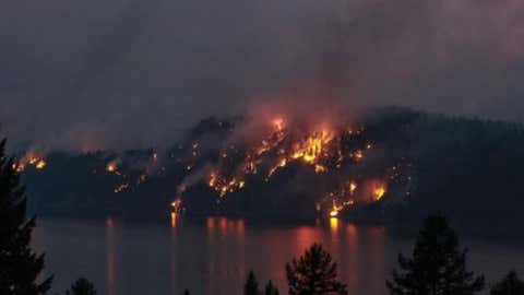 A wildfire near Cranbrook (Photo courtesy Sara Breanne, via Instagram)