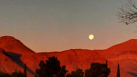 Moonrise over Franklin Mountains in Northeast El Paso, Texas on Jan. 4, 2015. (gerrychristopher)
