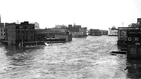 Flood waters swamp Houston, Texas in December 1935.