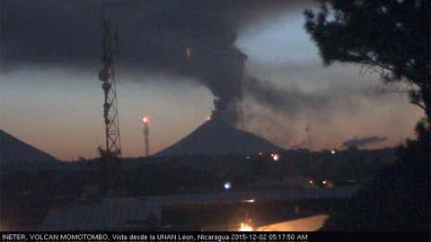 This webcam snapshot shows ash spewing from Momotombo early this morning, as seen from the nearby city of Leon, Nicaragua. (INETER)