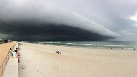 A shelf cloud rolls over St. Augustine Beach, Florida, on May 31, 2017. (Jody Hamilton/Facebook)