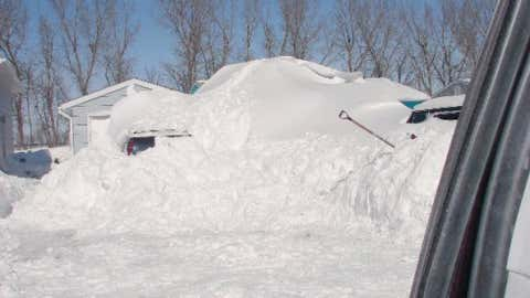Amidon, located in rural southwest North Dakota, measured 24 inches of snow on February 28, 1998. Image: Huge snow pile in Mapleton, N.D. in March 2009 from iWitness Weather contributor Peesh25.