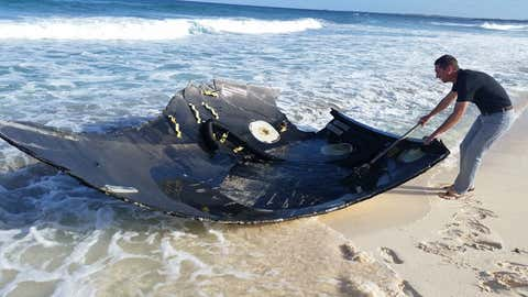 Debris from the SpaceX Falcon 9 crash is seen along the beach of Elbow Cay in the Bahamas on Friday, May 29, 2015. (All photos courtesy of Kevin Eichelberger)