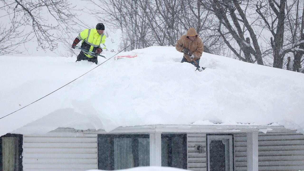 Epic Buffalo Area Snowstorm 5 Years Ago This Week Showed The Dangers Of Lake Effect Snow The Weather Channel Articles From The Weather Channel Weather Com