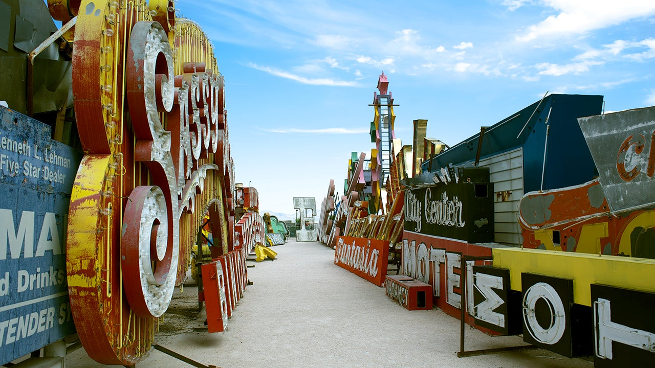 Most Incredible Roadside Attraction in Every State (PHOTOS)
