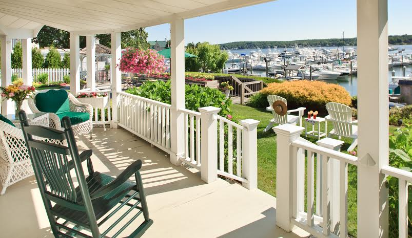 Front Porch Makeovers: Give Your House Some Curb Appeal