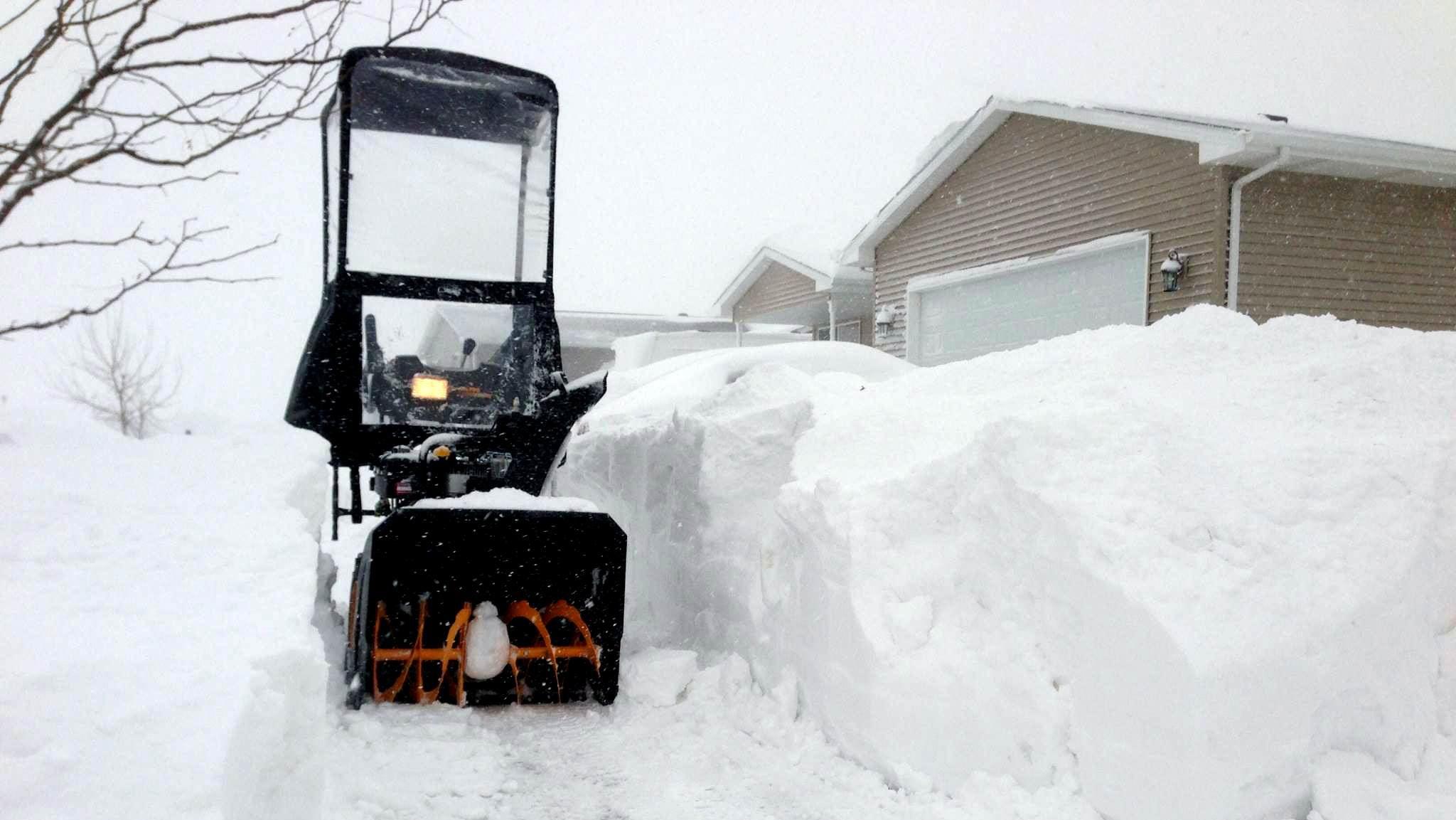 Winter Storm Orko: Plains Paralyzed; Some Northeast Ice, Snow