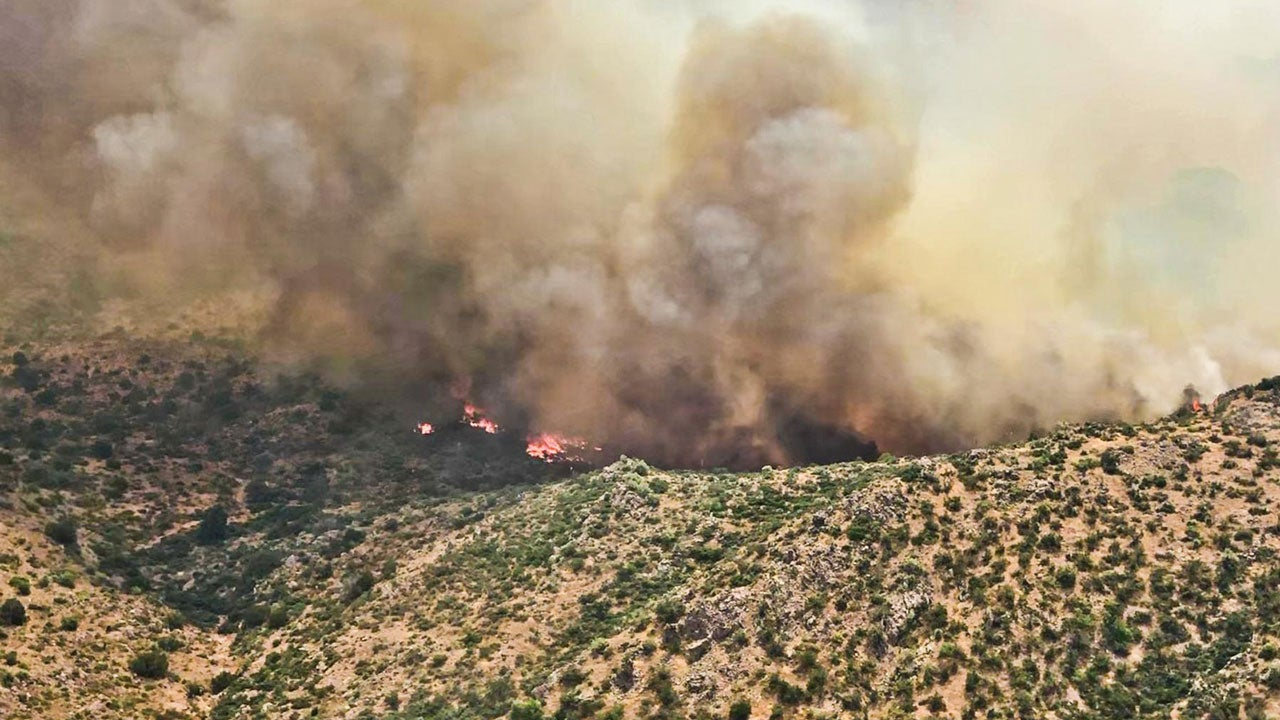 Arizona Wildfire Forces Triggers More Evacuations East of Phoenix