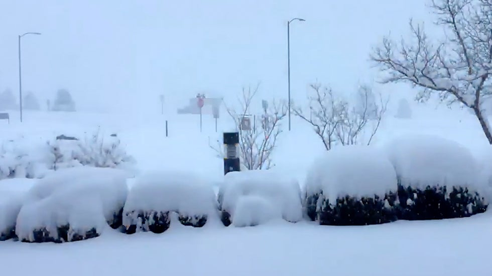 Watch Time-Lapse of Almost Three Feet of Snow Falling in Flagstaff