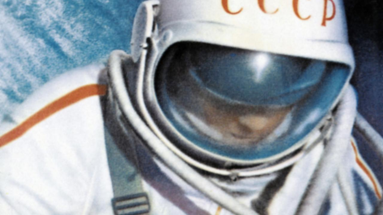 photos  the first person to walk in space
