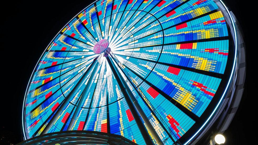 Seattle Great Wheel: Amazing Long-Exposure Photos by Geoff Vlcek