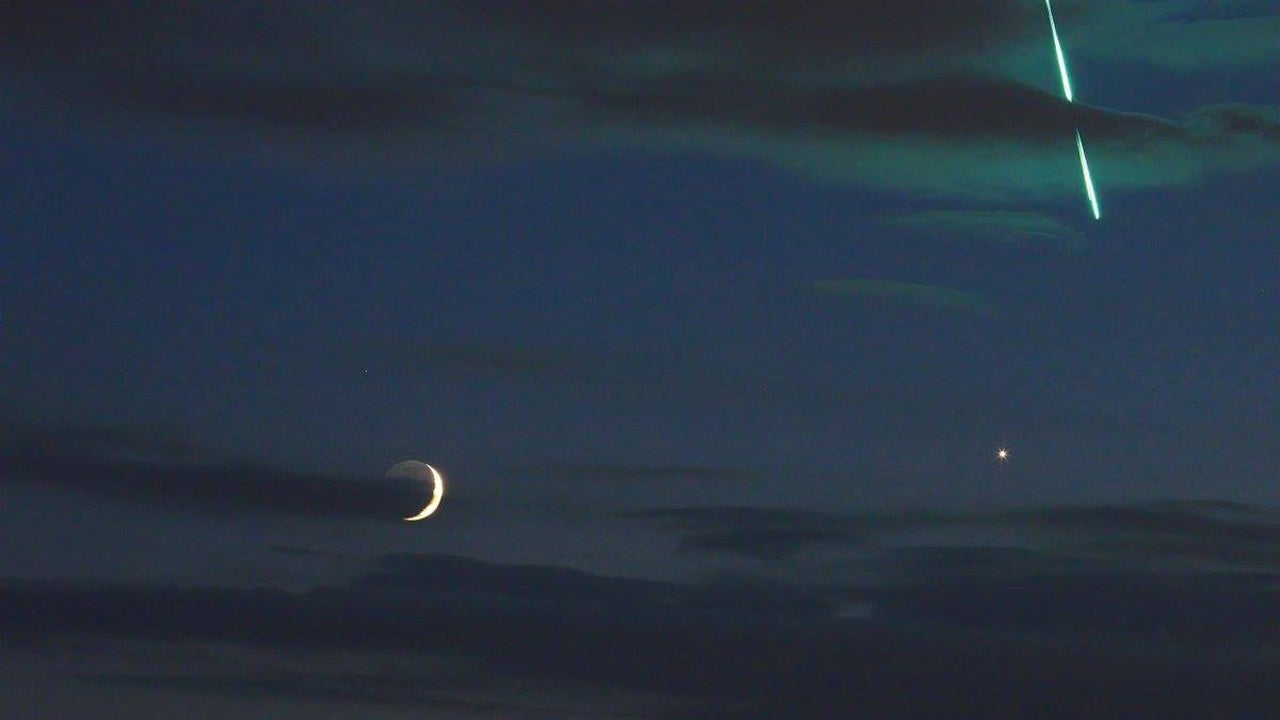 Photographer Captures a Rare Celestial Trio: Moon, Venus and Fireball All in Same Image