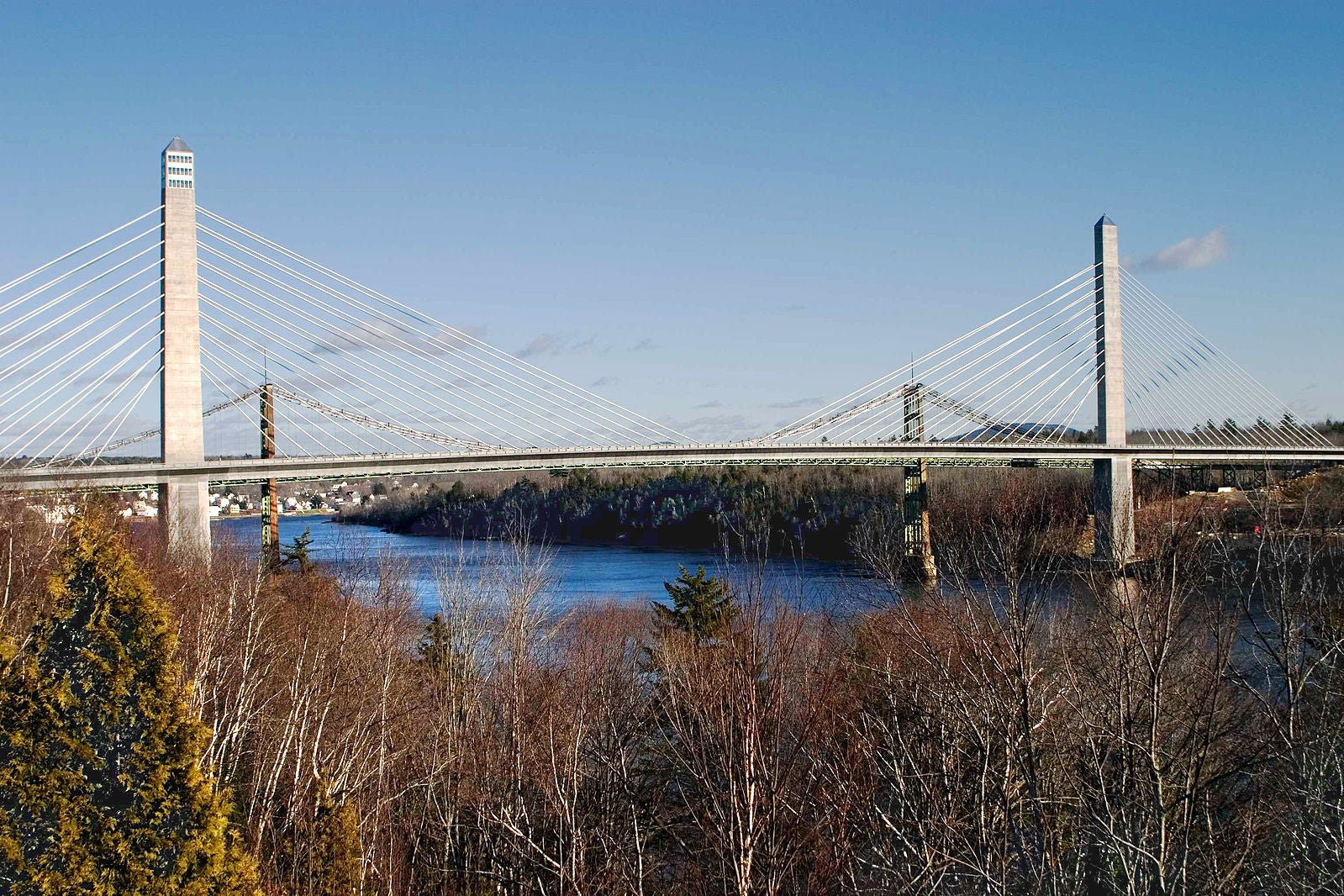 maine u0026 39 s penobscot narrows bridge closes due to falling ice