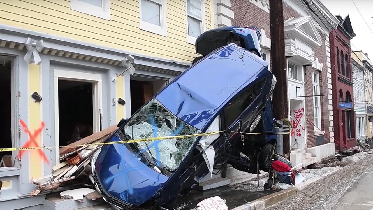 Catastrophic Flooding Hits Ellicott City, Maryland (PHOTOS)