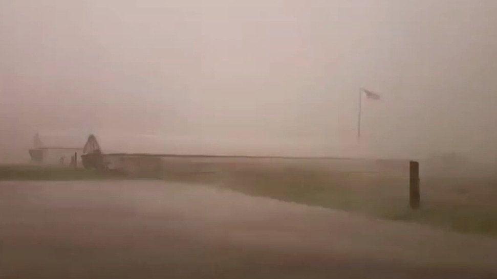 Man in Car Predicts a Lightning Strike