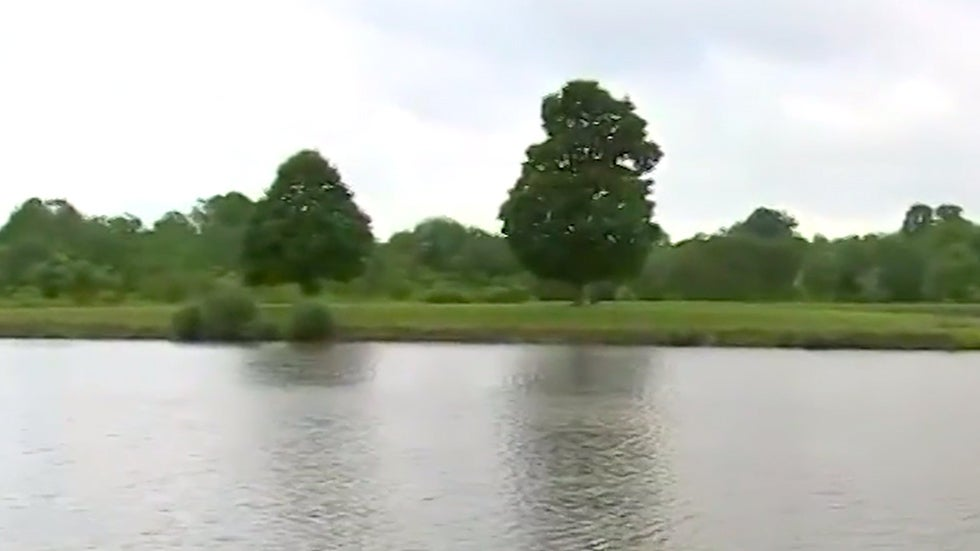 Two Teens Killed by Lightning While Fishing