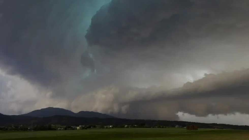 Severe Thunderstorms in the Plains, Midwest
