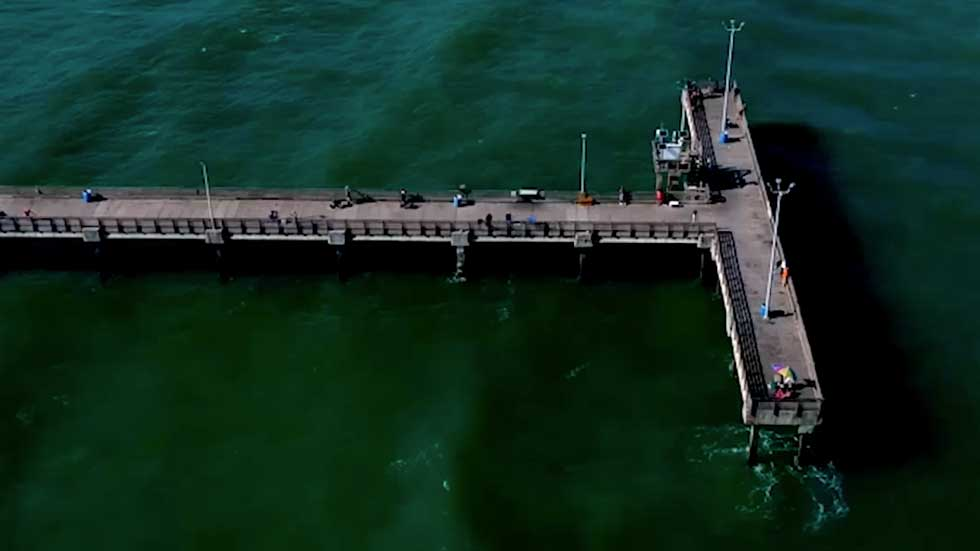 Before and After Images Show Striking Damage to Pier in Texas