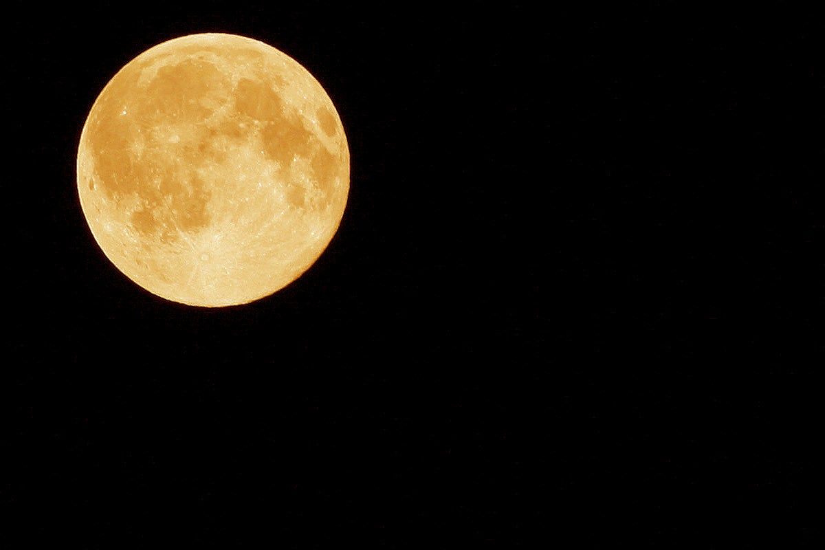 harvest moon rises tonight  marks fall equinox