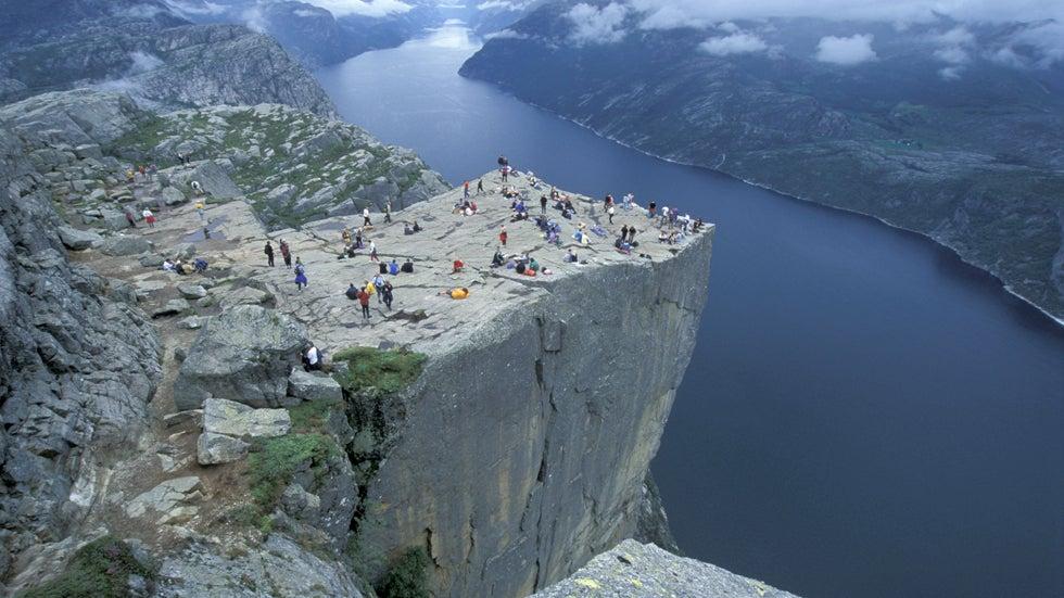 100 Incredible Vertigo-Inducing Attractions (PHOTOS)