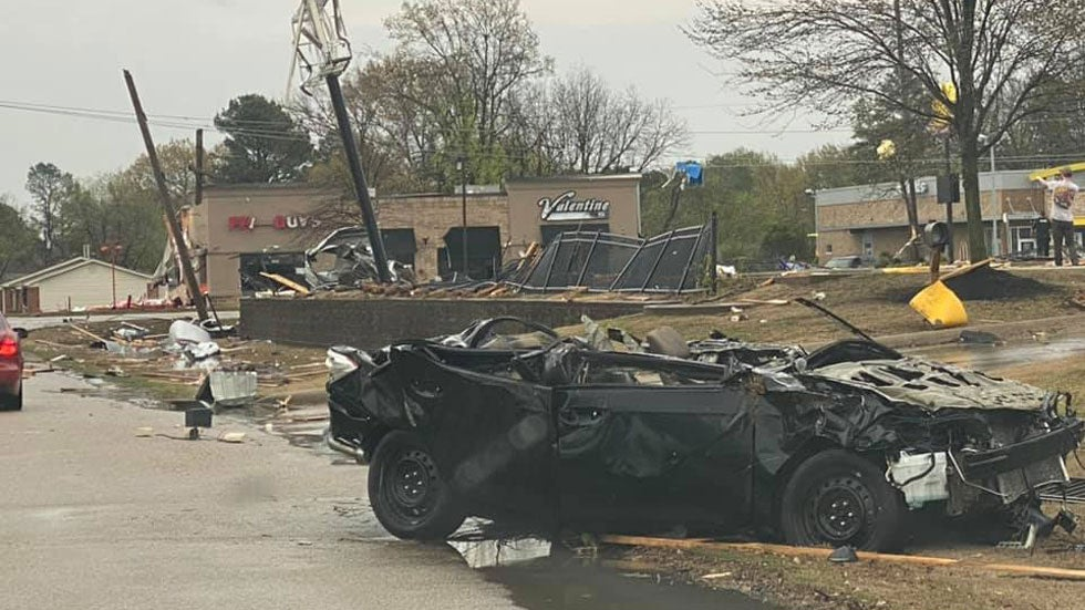 Damage Reported in Northeastern Arkansas as EF3 Tornado Strikes Jonesboro; Flash Flooding Swamps Cleveland | The Weather Channel