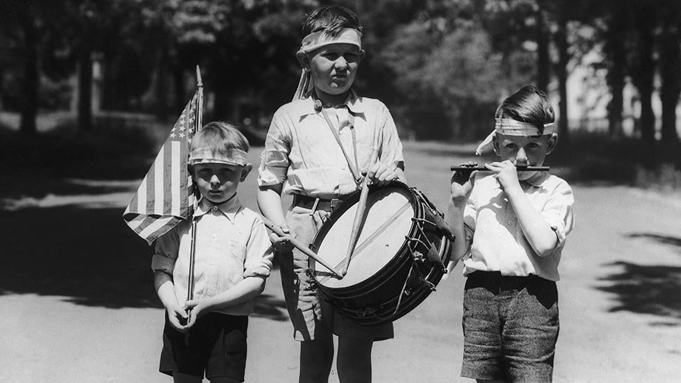 Vintage July Fourth Photos That Celebrate the Past