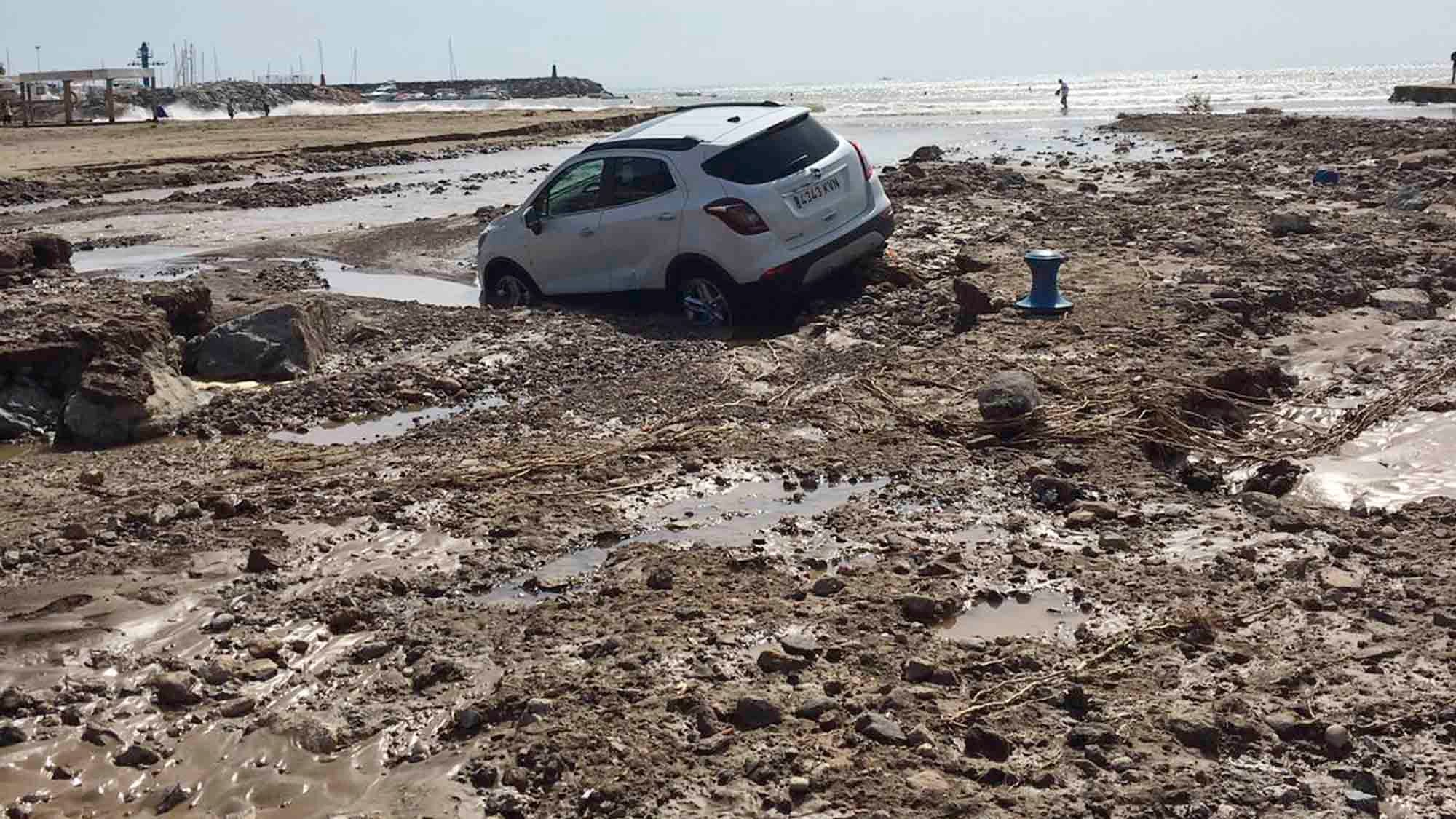 Death Toll Rises to 6 in Southeast Spain Floods; 3,500 People Rescued