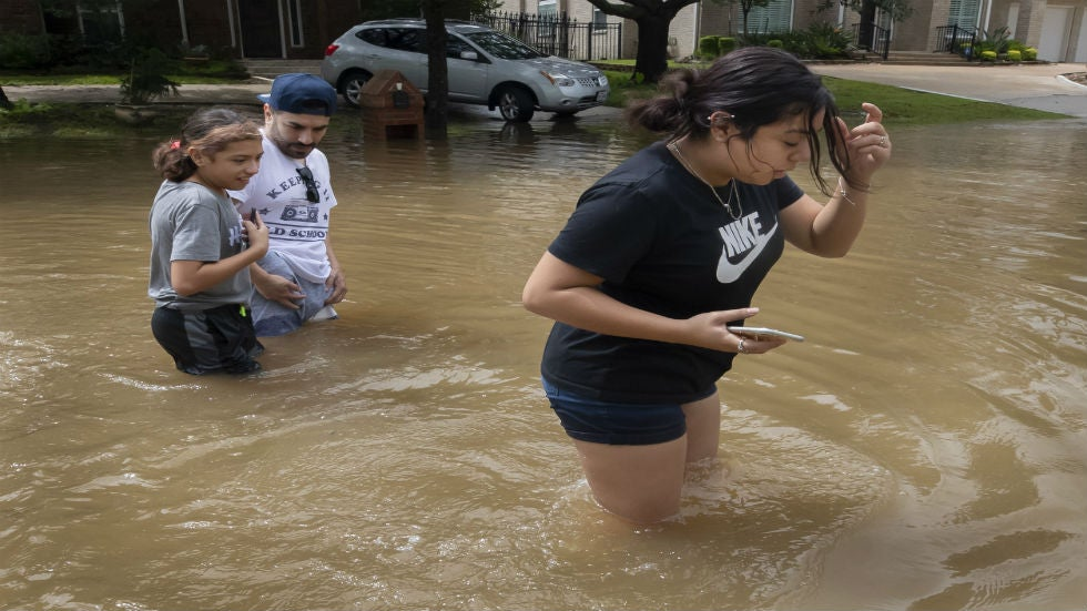 Several Roads Still Closed in Houston After Beta Passes Through; Flooding Reported in Coastal Louisiana