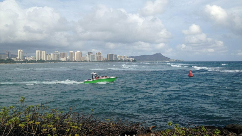 flooding rains hit hawaii  sewage spill closes waikiki