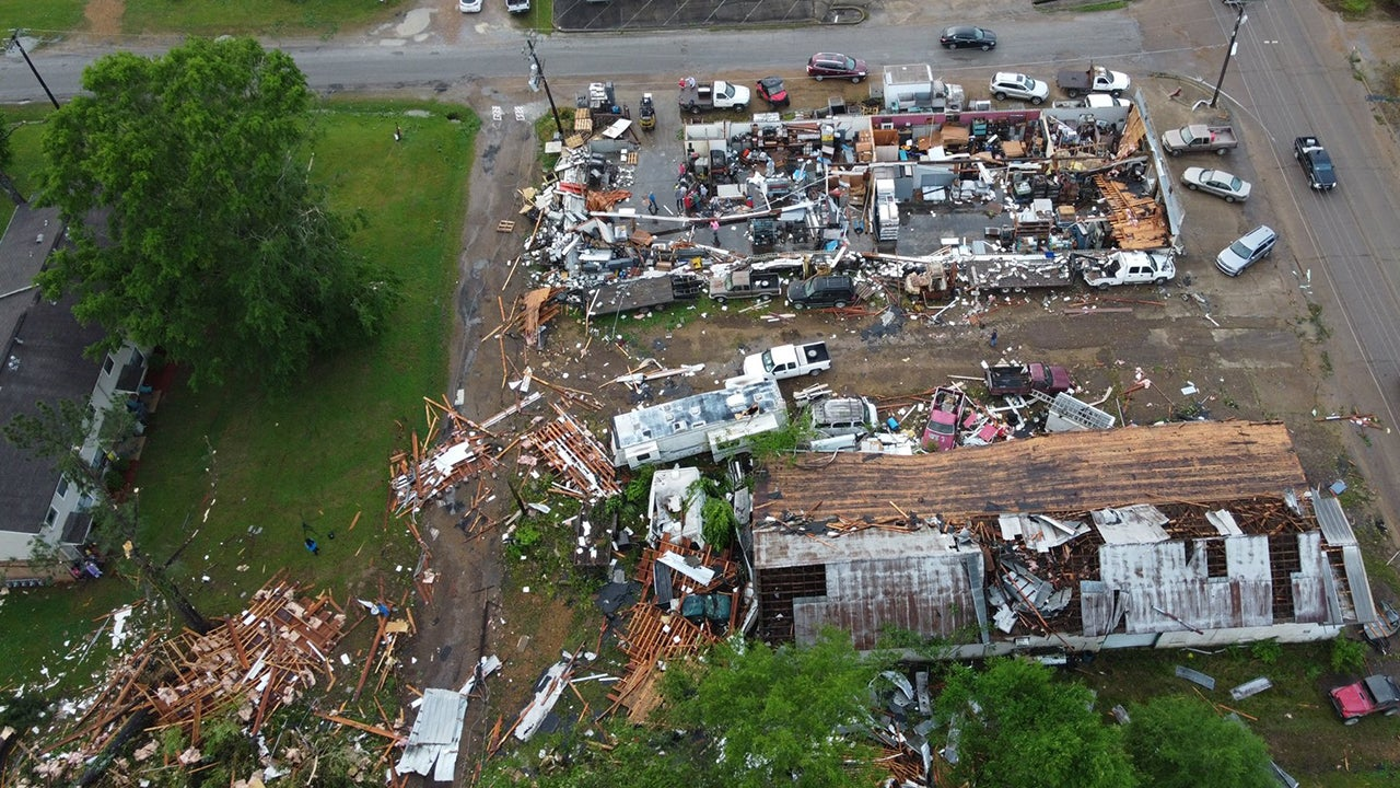 Severe Thunderstorms, Tornadoes Leave Trail of Damage Across Multiple Southern States | The Weather Channel - Articles from The Weather Channel | weather.com