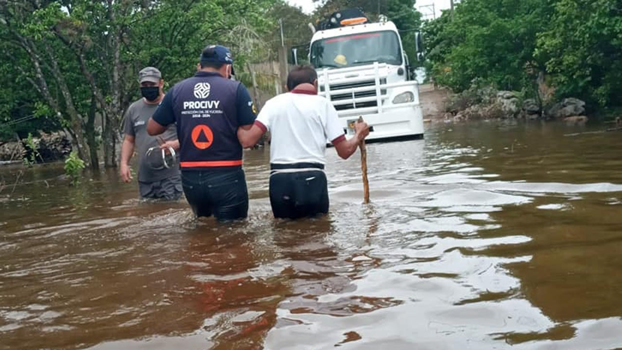 Lingering Cristobal Floods City Streets, Causes Landslides Across Mexico | The Weather Channel