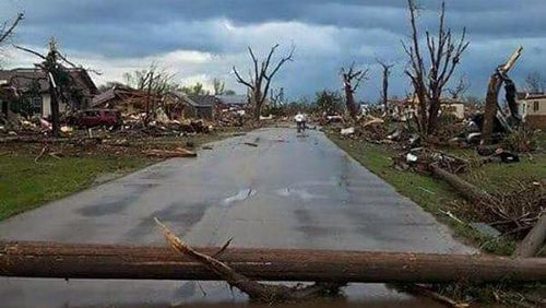tornado hits delmont  south dakota  at least 9 injured