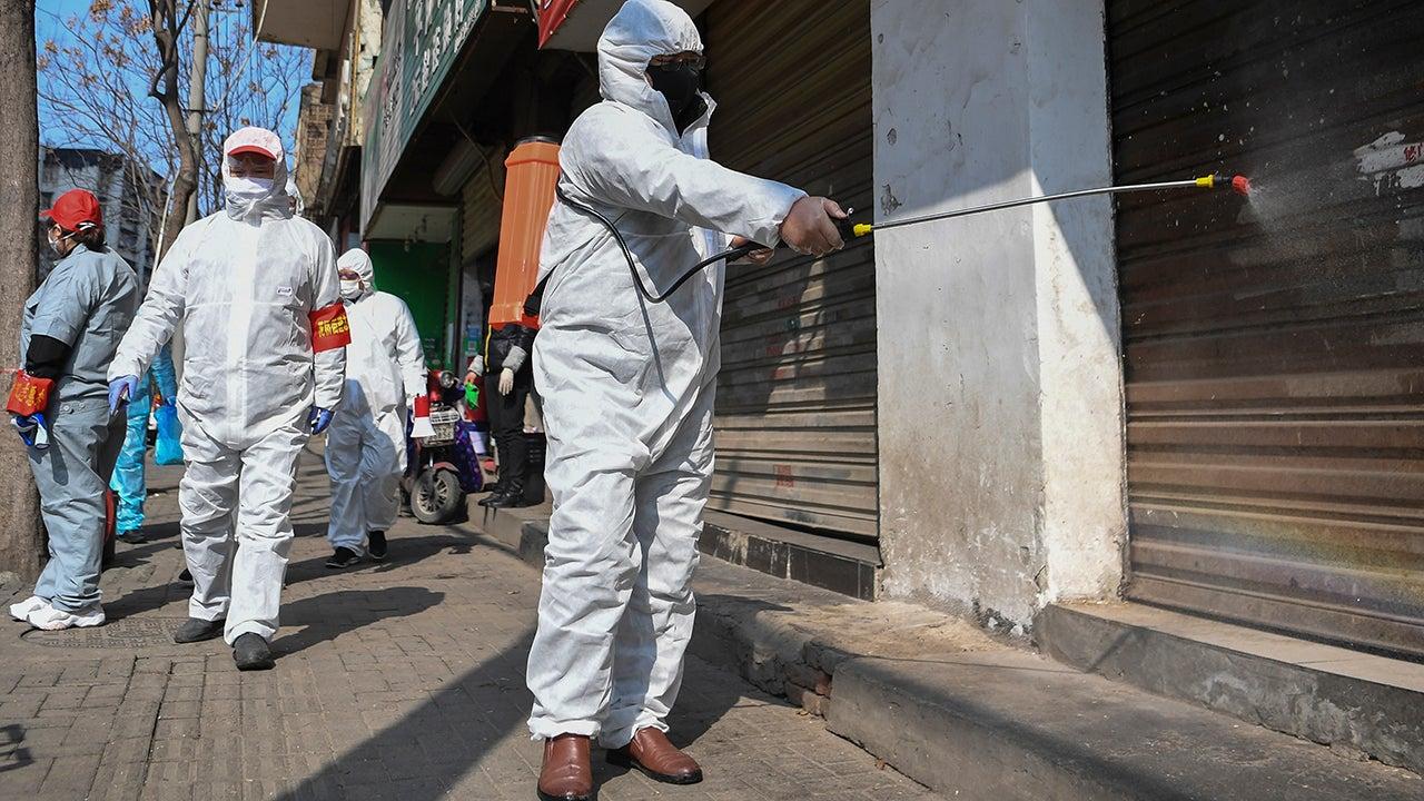 Coronavirus Death Toll Surpasses 1,000 Worldwide