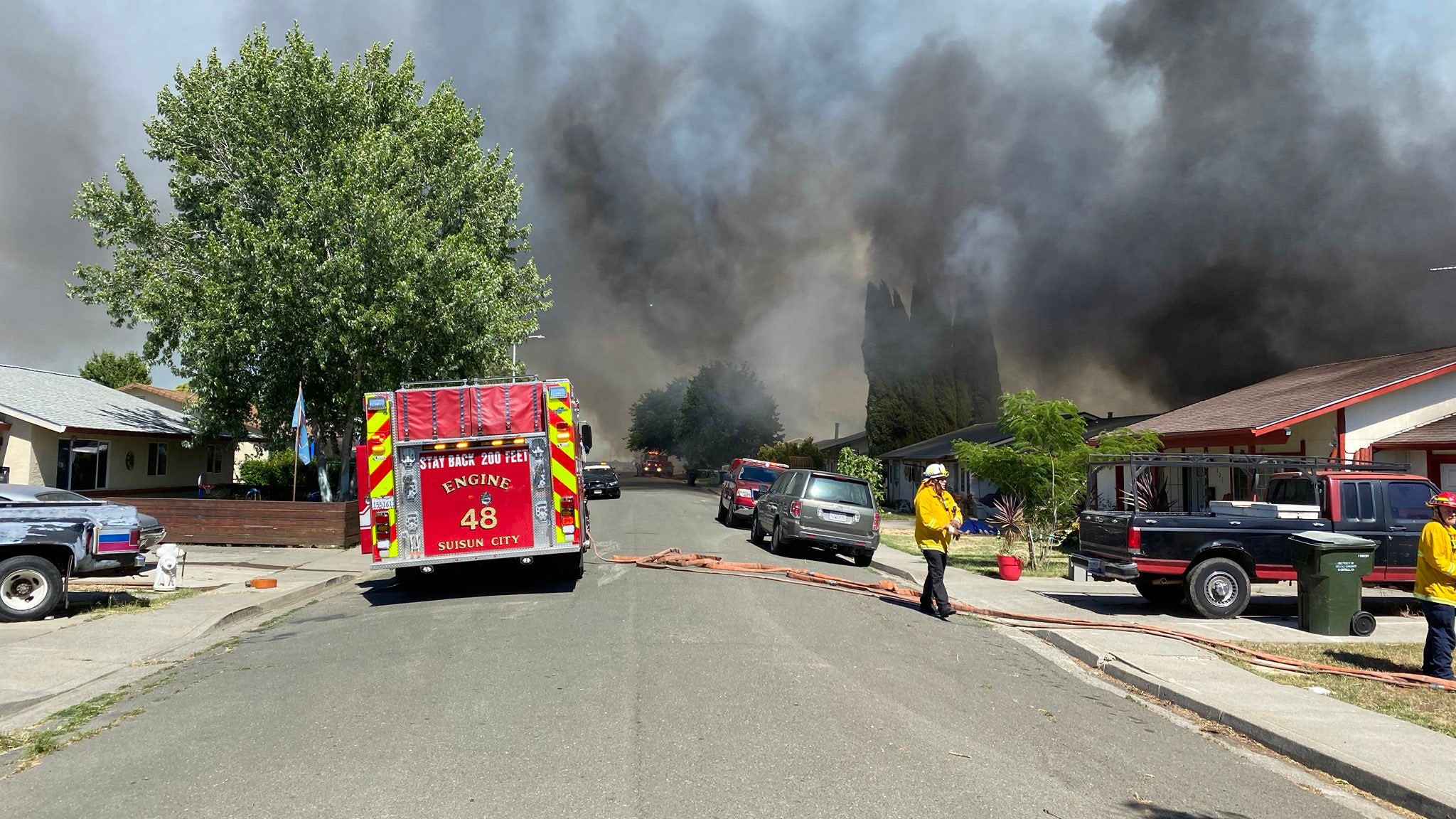 Wildfire Destroys Homes, Forces Evacuations in Suisun City, California