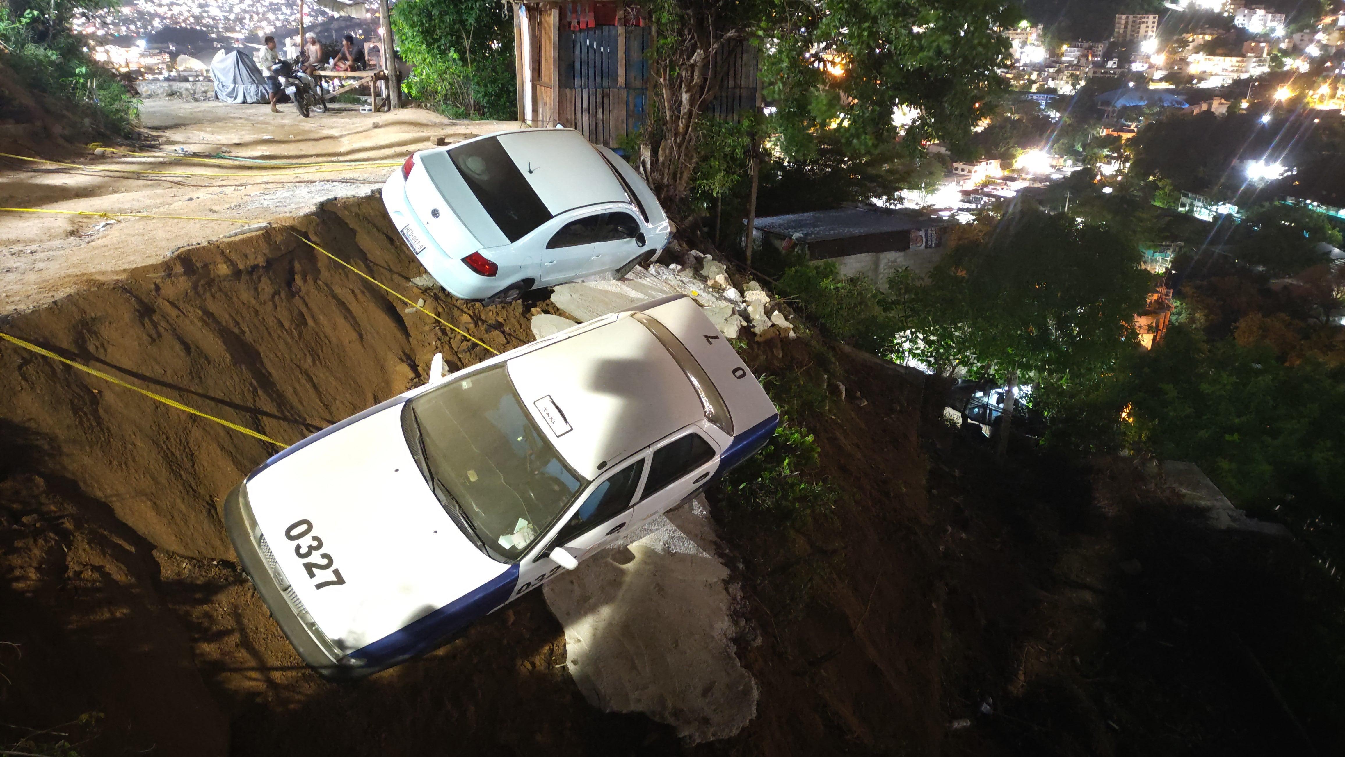 Mexico's 7.0 Earthquake in Photos