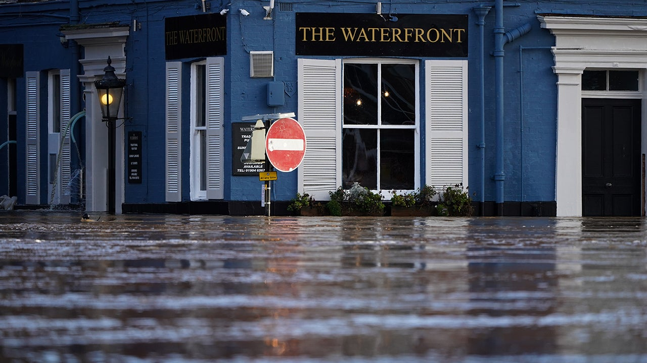 Storm Christoph Causes Flooding in UK, Forces Evacuations (PHOTOS) | The Weather Channel - Articles from The Weather Channel | weather.com