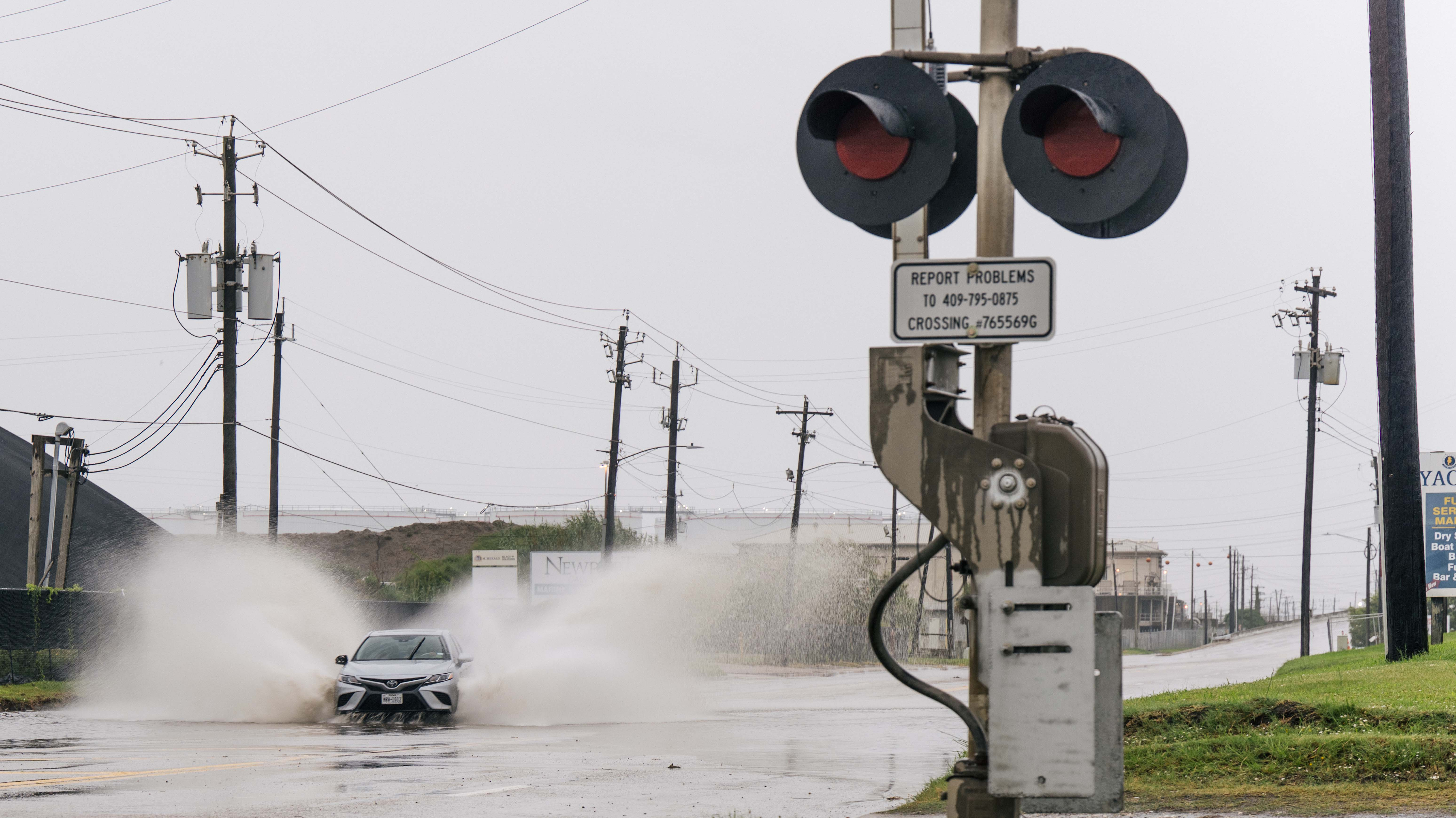 Nicholas Live Updates: Texas and Louisiana Declare State of Emergency, Flights Canceled, Schools Closed