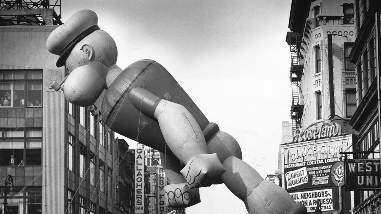 Famous Macy's Thanksgiving Day Parade Balloon Blunders
