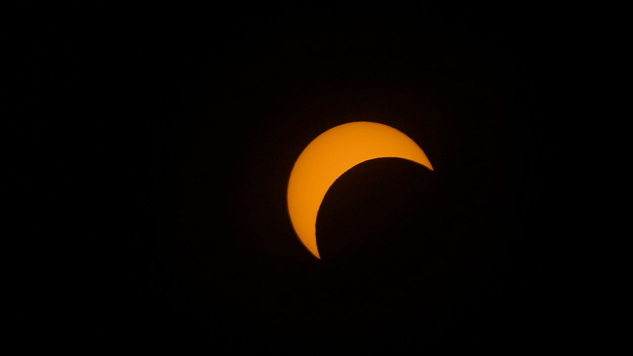 'Ring of Fire' Eclipse That Fell on Summer Solstice Wows Thousands
